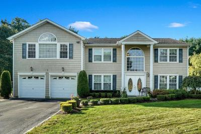 Holmdel Single Family Home Under Contract: 34 Bayberry Drive