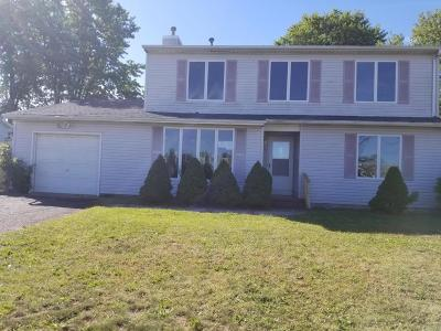Lacey NJ Single Family Home For Sale: $190,000
