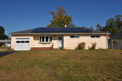 Spring Lake Single Family Home For Sale: 1010 Shore Road