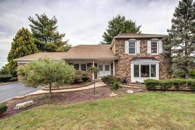 Marlboro Single Family Home For Sale: 80 Homestead Circle