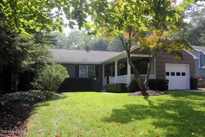 Brielle Single Family Home For Sale: 705 Union Lane