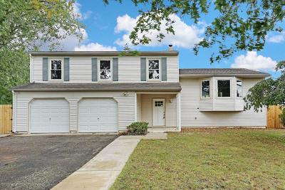 Toms River Single Family Home For Sale: 1306 Linda Drive
