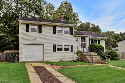 Middletown Single Family Home Under Contract: 63 Lillian Place