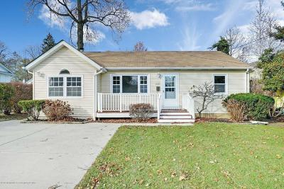 Spring Lake Single Family Home For Sale: 1220 Wall Road