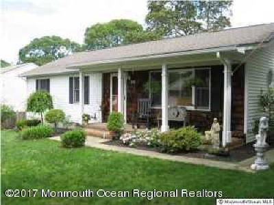 Point Pleasant Single Family Home For Sale: 516 Crestview Terrace
