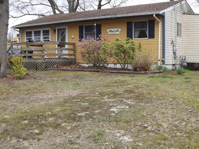 Toms River Single Family Home For Sale: 589 Alfred Lane