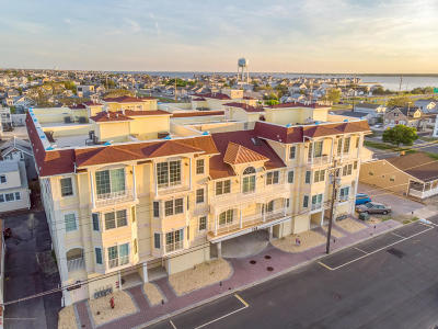 Seaside Heights Condo/Townhouse For Sale: 119 Dupont Avenue #A6