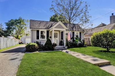 Toms River NJ Single Family Home For Sale: $199,900