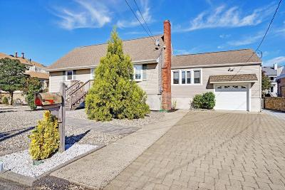 Point Pleasant Single Family Home Under Contract: 2121 Glenwood Drive