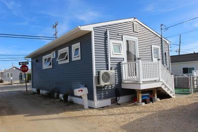 Lavallette Single Family Home For Sale: 101 W Sandpiper Way