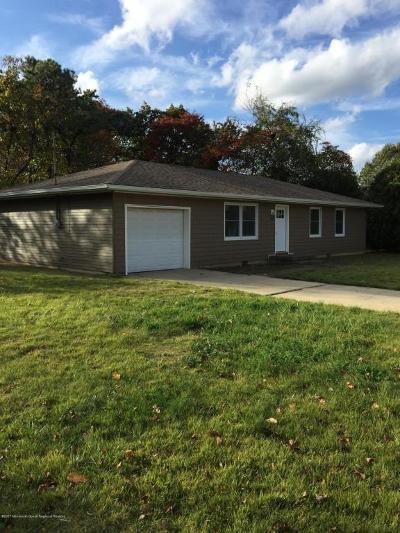 Toms River Single Family Home For Sale: 1001 Burnside Street