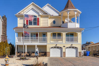 Toms River Single Family Home For Sale: 240 Bay Stream Drive