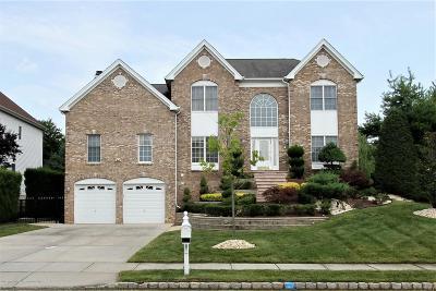 Marlboro Single Family Home For Sale: 11 Clymer Court