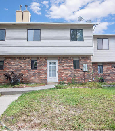Howell Condo/Townhouse For Sale: 3 Alec Drive #1000