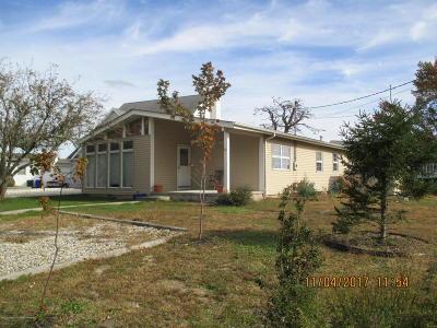 Brick Single Family Home For Sale: 24 Bahia Court