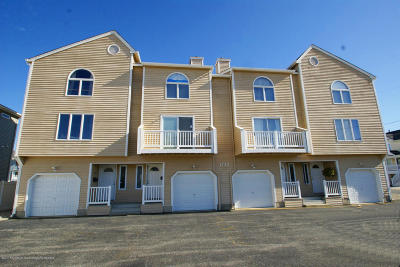 Ortley Beach Condo/Townhouse For Sale: 1722 Route 35 #1
