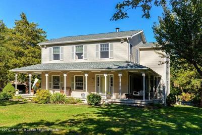 Howell Single Family Home For Sale: 48 Larrabee Boulevard