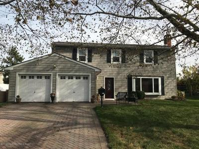 Hazlet Single Family Home For Sale: 17 Janine Place