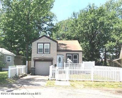 Hazlet Single Family Home For Sale: 11 S Holly Avenue