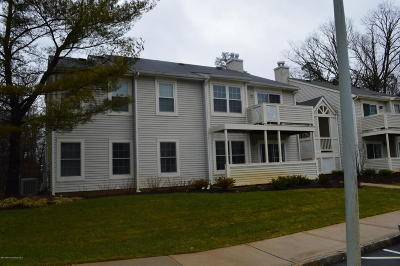 Howell Condo/Townhouse For Sale: 4 White Oak Court