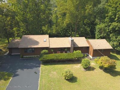 Middletown Single Family Home For Sale: 445 Middletown Lincroft Road #R