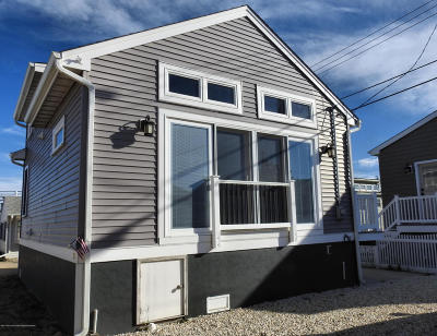Lavallette Single Family Home For Sale: 105 W Amberjack Way