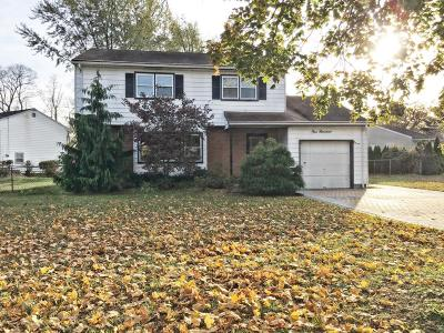 Neptune Township Single Family Home For Sale: 100 Moss Place