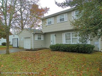 Toms River Single Family Home For Sale: 373 Hilltop Road