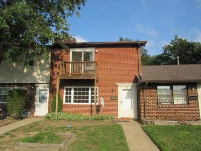 Brick Condo/Townhouse For Sale: 170 Esmeralda Court