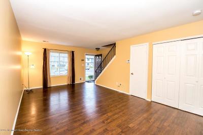 Brick Condo/Townhouse For Sale: 85 Creek Road #445