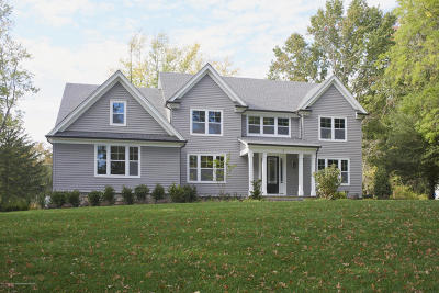Marlboro Single Family Home For Sale: 21 Captiva Lane