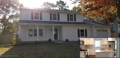 Ocean County Single Family Home For Sale: 149 Foxhollow Drive