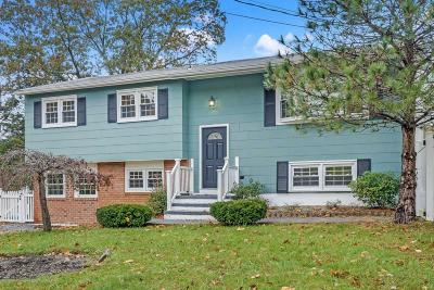 Toms River Single Family Home For Sale: 1524 Chatham Drive