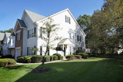 Monmouth County Condo/Townhouse For Sale: 14 Tanya Circle