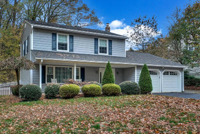 Middletown Single Family Home For Sale: 9 Bertha Road