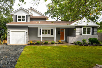 Brielle Single Family Home Continue To Show: 718 Schoolhouse Road