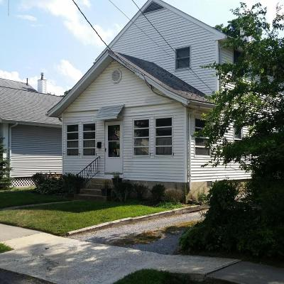 Monmouth County Single Family Home For Sale: 42 Washington Street