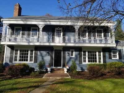 Monmouth County Single Family Home For Sale: 68 Tulip Lane