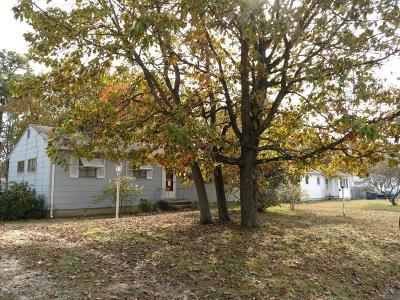 Ocean County Single Family Home For Sale: 106 Birchwood Drive