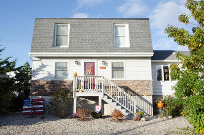 Seaside Heights Single Family Home For Sale: 228 4th Ave