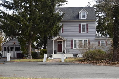 Bayville NJ Single Family Home For Sale: $249,900