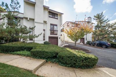Red Bank Condo/Townhouse For Sale: 122 Tower Hill Drive