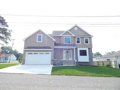 Beachwood Single Family Home For Sale: 1301 Spar Avenue