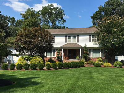 Manalapan Single Family Home For Sale: 18 Pence Road