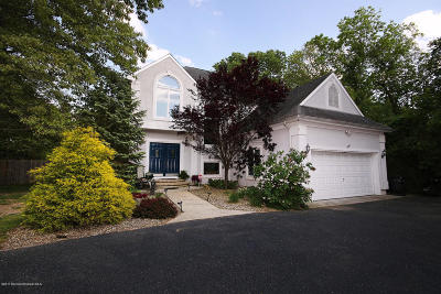 Howell Single Family Home For Sale: 79 Driftway Road