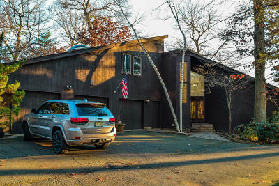Monmouth County Farm For Sale: 472 Tennent Road