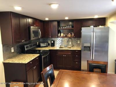 Hazlet Single Family Home For Sale: 1 Bayshore Mobile Mnr