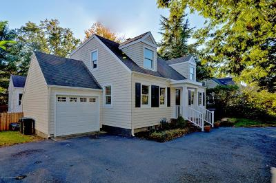 Rumson Single Family Home For Sale: 43 Ridge Road