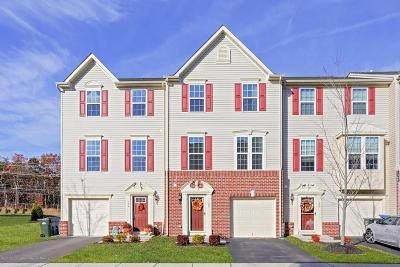 Tinton Falls Condo/Townhouse For Sale: 122 Kyle Drive