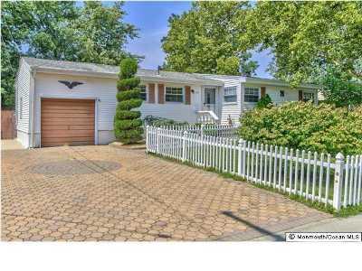 Hazlet Single Family Home For Sale: 11 Fleetwood Drive